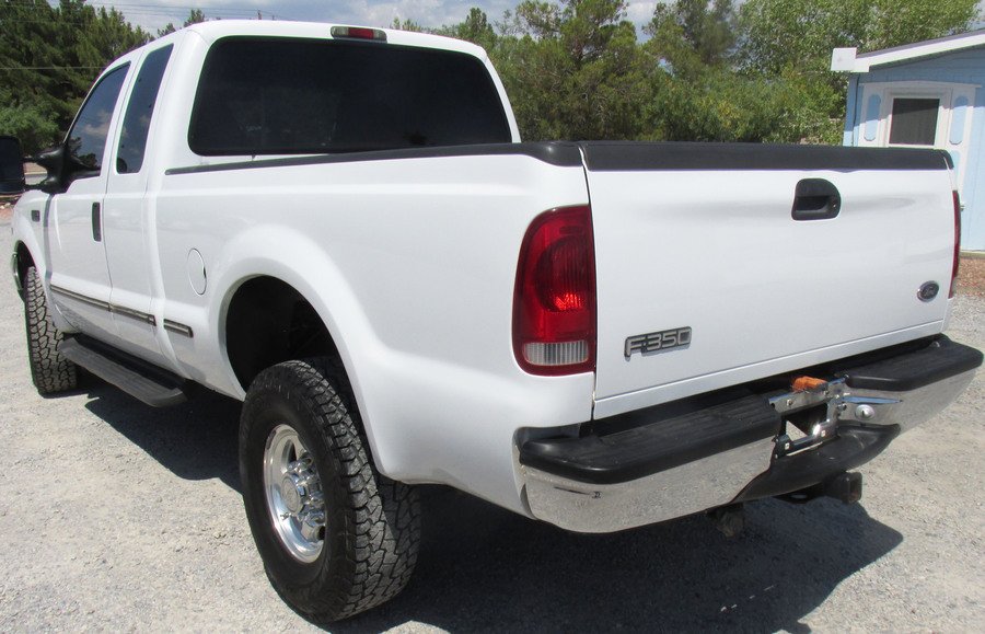1999 Ford F350 Super Duty 6 speed 4 door short bed 4 WD w/ 7.3 Diesel - sold - Doghouse Repair