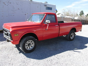 4 speed 3/4 ton long bed 4x4 1971 GMC w/ 350